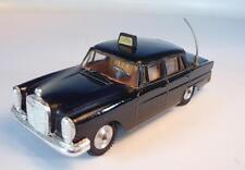 Gama Mini Mod 1/47 Mercedes Benz 220S Taxi schwarz #5035