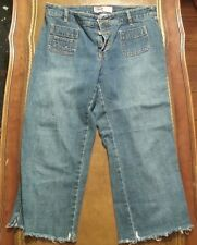 "OLD NAVY Capri Girls Jeans Waist 27"" Inseam 20"" Front Rise 9"" Rear 12"""