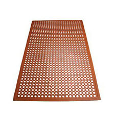 Winco RBM-35R, 3x5x0.5-Inch Grease-Resistant Anti-Fatigue Beveled Floor Mat, Red