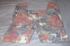 RUE 21 PINK ROSES/FLORAL SKINNY LIGHT JEANS SZ 3/4 75%COTTON/23%POLY/2%SPANDEX