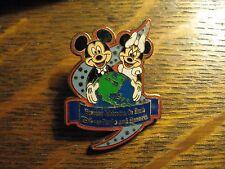 Disney Parks Resorts 2005 Pin - Mickey Minnie Mouse Walt Disney Lapel Hat Pin