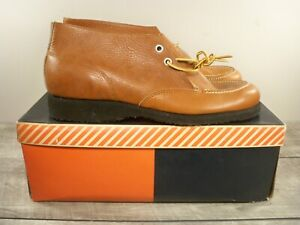 New Old Stock Men's Wolverine Leather Work Lace Up Cush-N-Crepe Soft Toe Boots 8