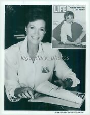 1986 Portrait Actress Julie Andrews with LIFE Cover Original News Service Photo