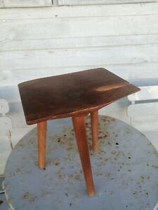 Vintage - Reynolds of Ludlow 3 Legged Yew Wood Stool -Milking Seating Furniture