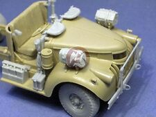 Resicast 1/35 Chevrolet LRDG 30 cwt Cab Detail Set with Wheels (Tamiya) 352342