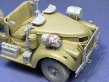 Resicast 1/35 Chevrolet LRDG 30 cwt Cab Detail Set with Wheels (Tamiya) 352342