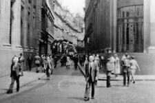 PHOTO  LONDON THROGMORTON STREET OUTSIDE THE STOCK EXCHANGE SUMMER 1955