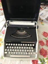 Vintage Remington monarch typewritter