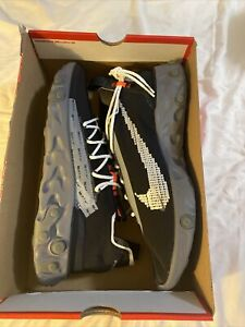 Nike ISPA React Low Running Off White Black Gunsmoke AR8555-001 Mens SZ 13