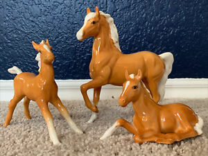 Beswick England Thoroughbred Palomino Horse Gloss Finish w 2 Foal Filly Vintage