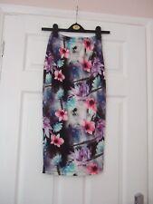 Floral Calf Length Skirt - size EU34 - Lipsy