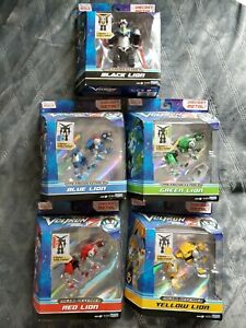 Voltron Legendary Metal Defender Lot 5 Lions Playmates Dreamworks Black Green...