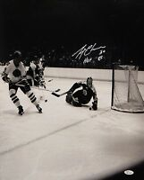 Gerry Cheevers HOF Autographed 16x20 B&W Photo- JSA W Authenticated