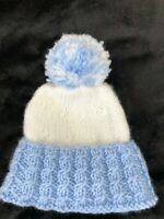 NEW Hand Knitted Baby BOYS WHITE & BLUE Beanie POM POM  HAT 0 - 3  Months