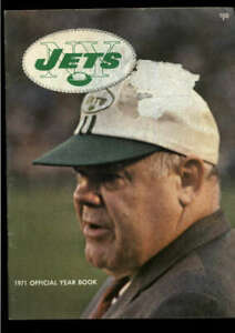 1971 NEW YORK JETS OFFICIAL YEARBOOK LOT2118