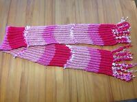 sehr schöner, weicher Schal mit Fransen, verschiedene rosa -Töne