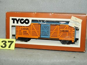 TYCO HO SCALE #312H LARAMIE STOCK CAR, L.N. CLEAN, READY TO RUN O.B.
