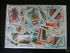 ********* TIMBRES TRAINS : 50 TIMBRES TOUS DIFFERENTS / STAMPS TRAINS *********
