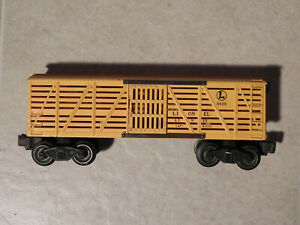 Lionel Lines 6656 Yellow Livestock / Cattle Car Vintage Postwar
