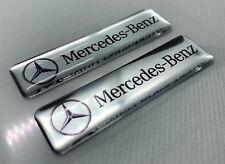 2x Mercedes-Benz Logo 3D gewölbte Aufkleber. Silber. Größe 65x17 mm
