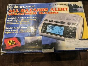 NIB New Midland WR300 NOAA Alert Weather Radio Channels Clock Alarm AM/FM BOXED