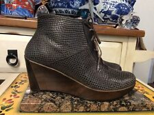 Women's NAOT  Brown Leather Side Zip Wedge heeled Ankle Boots EU 38 US 7-7.5