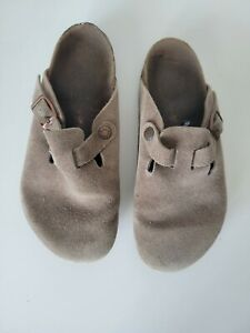BIRKENSTOCK BOSTON Womens Sandals Size 7.5 Soft Brown Suede Leather Clogs 38