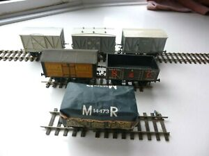 EM Gauge Kit Built  Wagons x 6. MR and Private Owner. Used.Hook & Chain Coupling