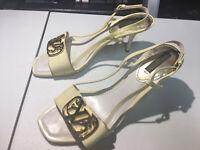 Louis Viitton Cream Heels Size 36 6 Women
