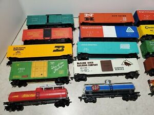 20 HO scale varies brands Tyco Bachmann Life-like Freight Cars