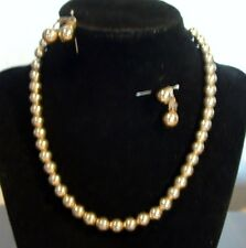 GOLDTONE BEADS CHOKER & CLIP-ON EARRINGS - MONET & BERGE'RE