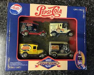 Golden Wheel Die Casting Custom Replica Vintage Pepsi-Cola Delivery Truck 4 Pack