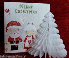 POP UP 3D CHRISTMAS CARD DECORATION SANTA & MRS CLAUS HOLDING HANDS Xmas Card
