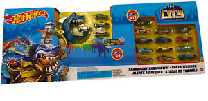 Hot Wheels Sharkport Showdown Color Shifters Set With Cars!!!!  Brand New!!!
