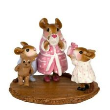 Wee Forest Folk M-569a A Mother's Day Morning (RETIRED)