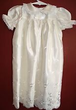 VINTAGE 1960s CHRISTENING GOWN LACE & SATIN EMBROIDERED LONG NEWBORN INFANT