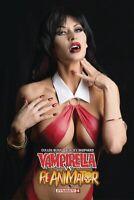 VAMPIRELLA REANIMATOR #4 COSPLAY PHOTO COVER D VARIANT DYNAMITE 040919