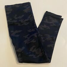 Great Spanx Black Green Gray Camo Cropped Leggings Large Mint!