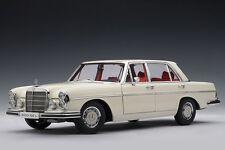 1:18 Autoart mercedes benz 300 sel1970 Ivory blanco nuevo New