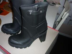 Hunter Gummistiefel/Latex- High Heels, UK8, black. Neu!