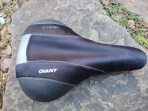 Giant Liberty 2 Comfort Saddle Velo Seat - VGC
