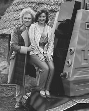 Colin Baker and Nicola Bryant UNSIGNED photo - H8054 - Doctor Who