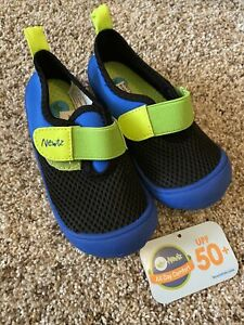 New Newtz Little Toddler Boys Water Beach Shoes Sandals Size 9/10