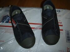 tretorn dark blue skymra canvas slip on fashion casual sz 5.5 and 6 blue wms