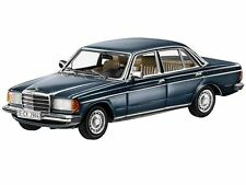 Minichamps 1980 Mercedes Benz 230E W123 Lapis Blue 1:43 *Back in Stock*