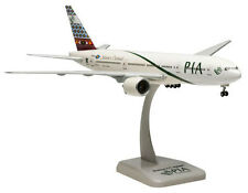PIA - Pakistan International Airlines Boeing 777-200ER 1:200 Hogan 4814 Modell