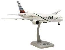 PIA - Pakistan International Airlines Boeing 777-200ER 1:200 Hogan 4814 Modell