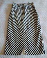 CUE ELEGANT BLACK AND WHITE STRIPED PENCIL SKIRT FRONT SPLIT SIZE 6. BNWOT