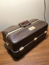 VTG UMCO FISHING TACKLE BOX FOLD OUT TRAYS 49 LURE CMPTS + BOTTOM WOODGRAIN LOOK