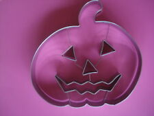 WILLIAMS SONOMA HALLOWEEN COOKIE CUTTER HUGE PUMPKIN STAINLESS NEW
